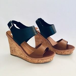 DV Dolce Vita Jonee Leather Wedge Heel Sandals